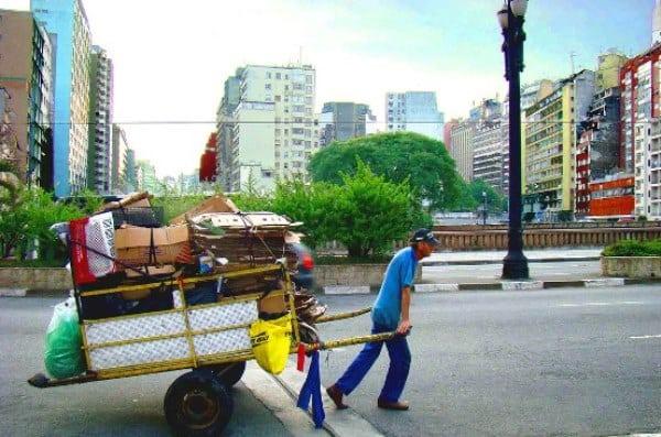 Catadores de materiais recicláveis e a inclusão social