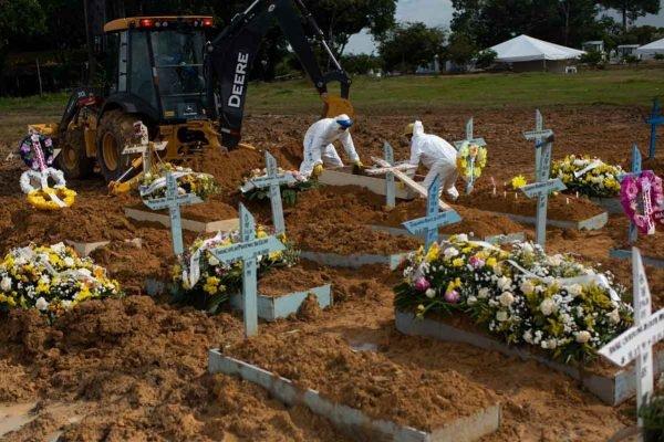 Uma-grande-necrópole-enterros-em-massa-ameaçam-lençóis-freáticos